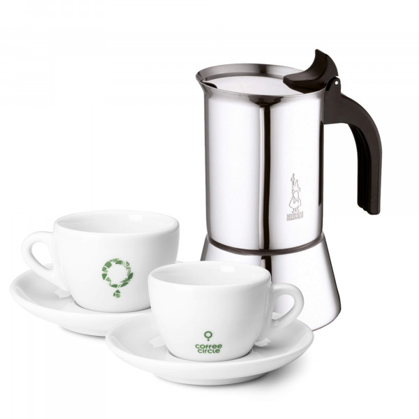 Bialetti and Cups in a Set