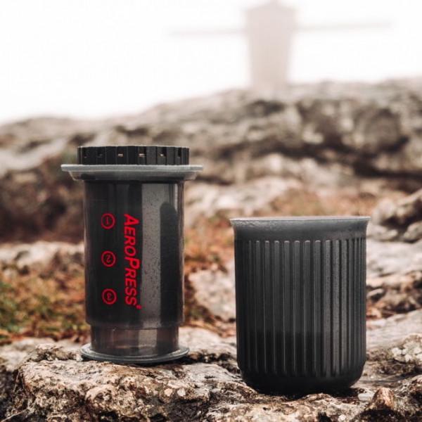 Aerobie AeroPress Go Kaffee-Zubereiter inkl. 350 Filtern